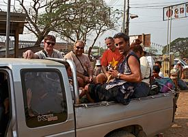 With a pickup truck to Siem Reap